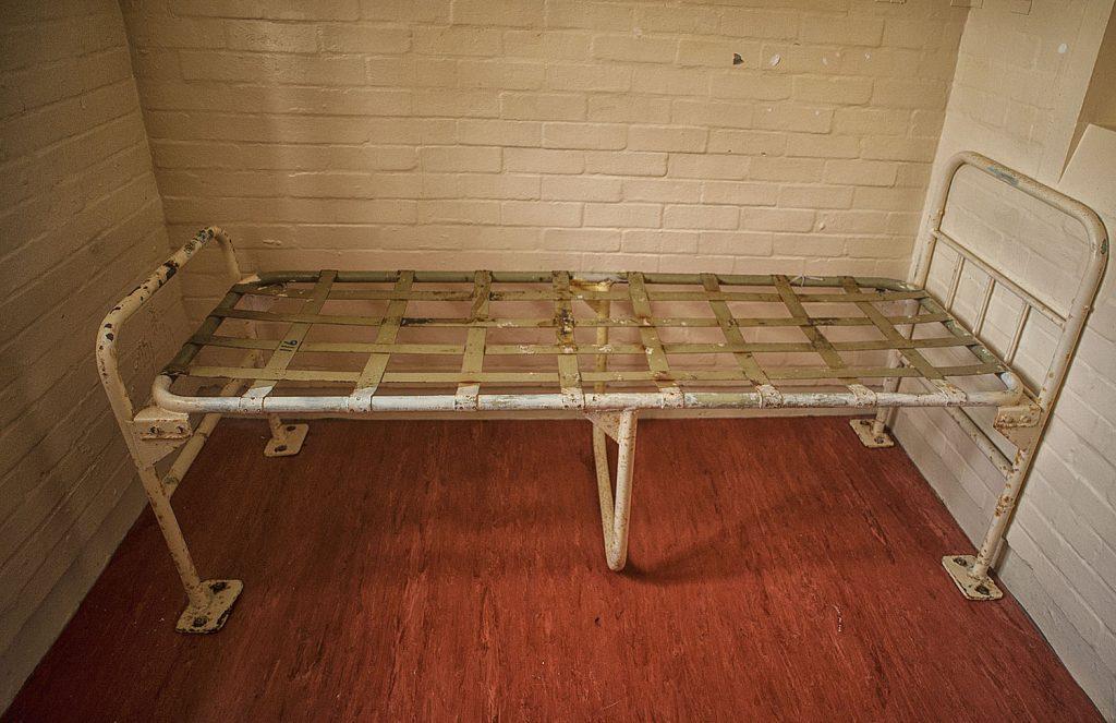Reggie Kray Cell bed